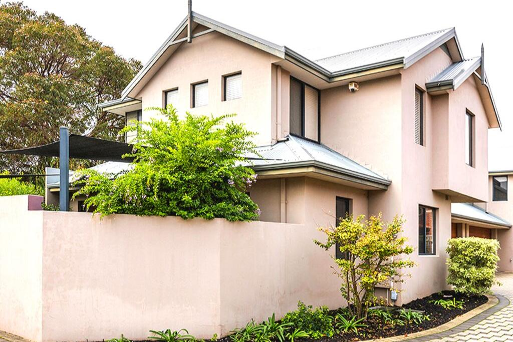 Coode Street Townhouse South Perth
