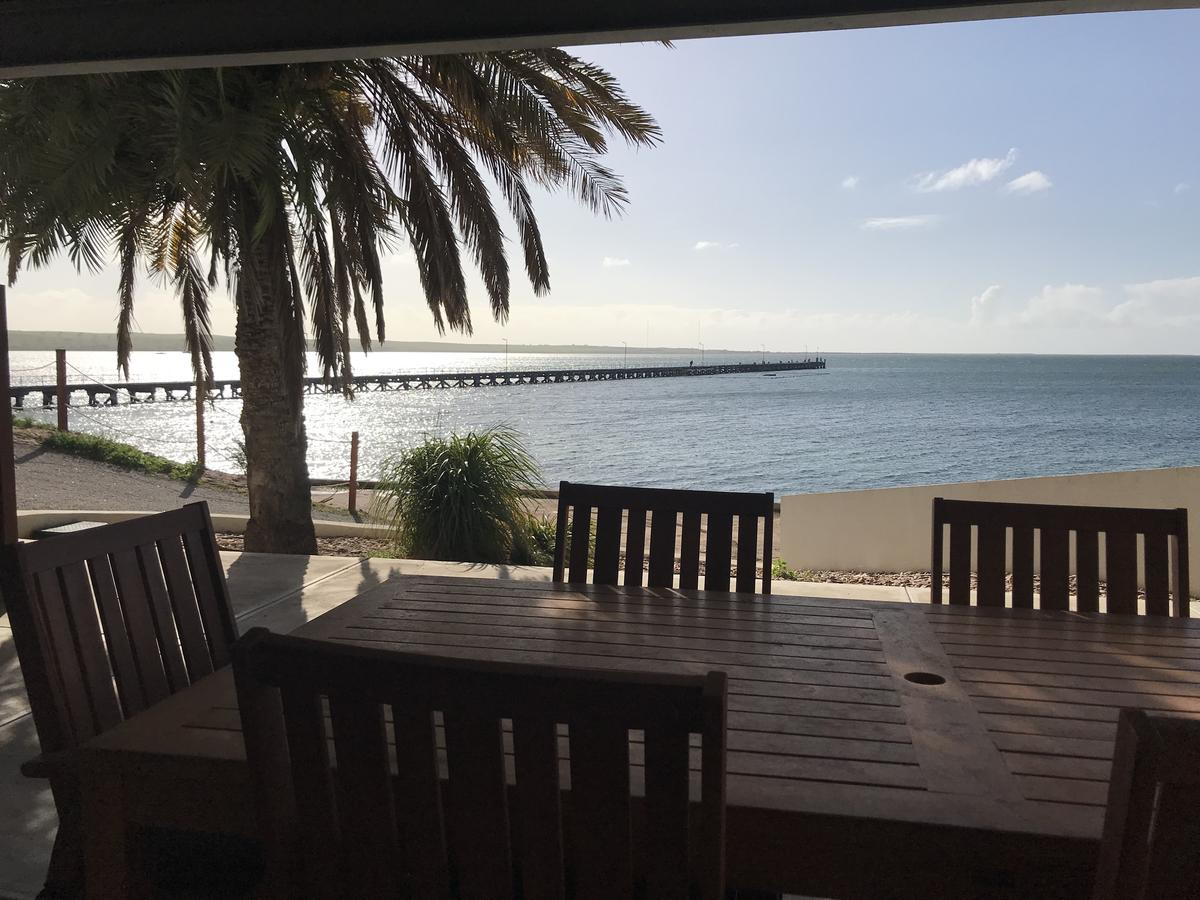 Streaky Bay Beachside & Jetty View Apartments - Hotel Accommodation