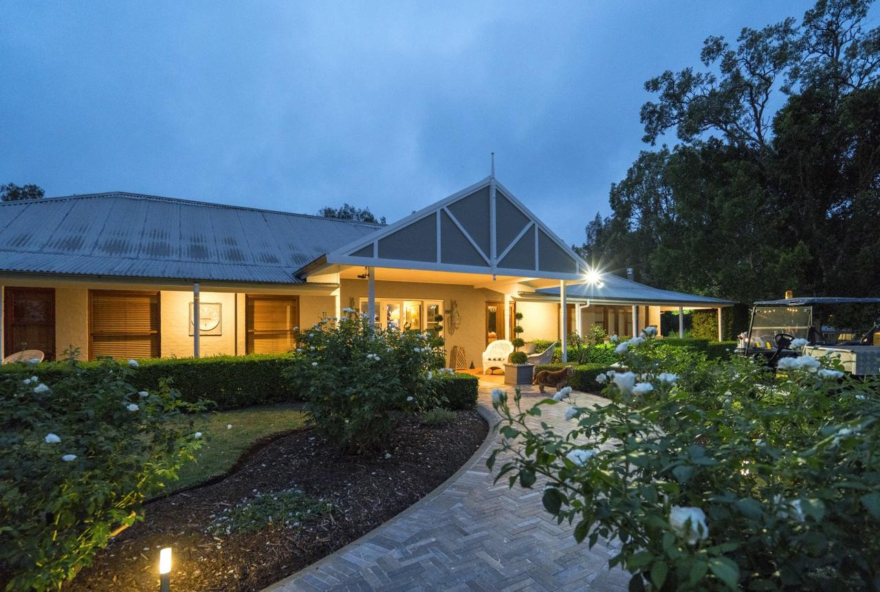 Thistle Hill Guesthouse - Hotel Accommodation