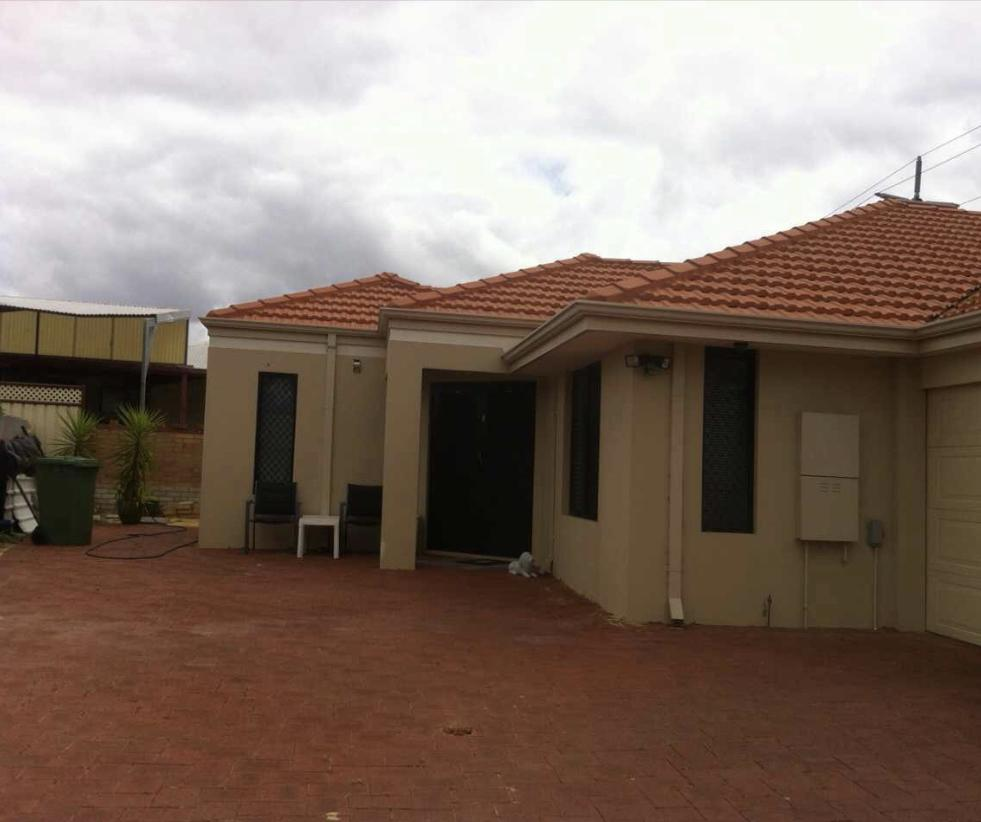 House close to airport - Hotel Accommodation