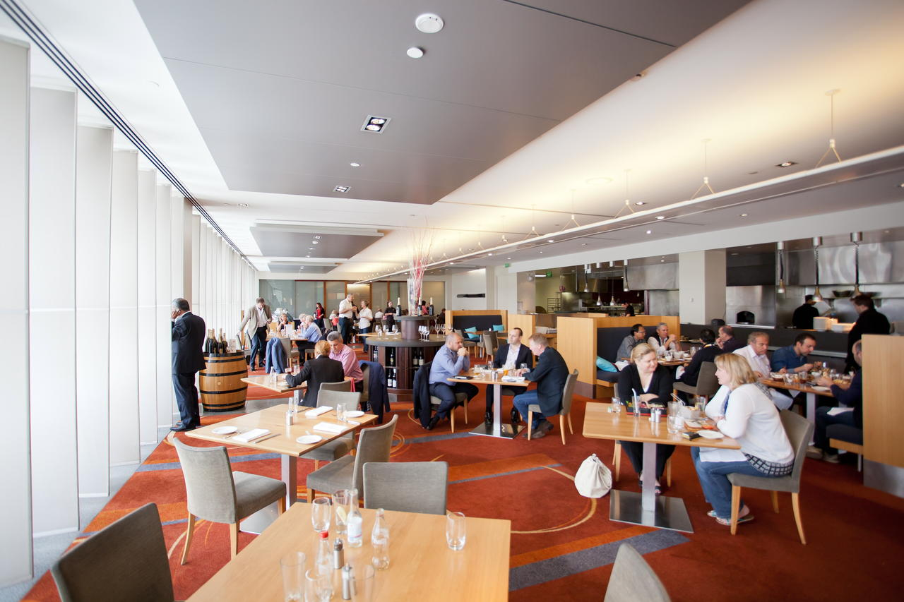 PARKROYAL Melbourne Airport - Hotel Accommodation