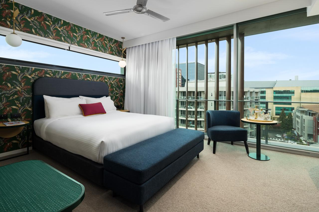 Ovolo The Valley Brisbane - Hotel Accommodation