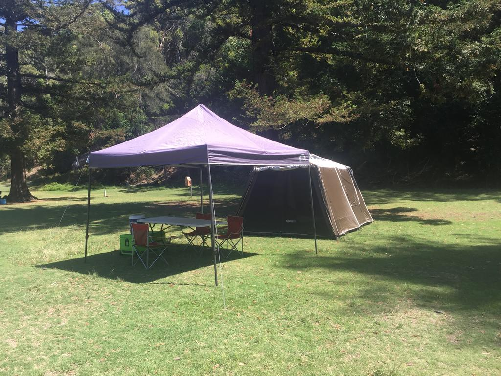 Basin Ku-ring-gai Campsite Set Up - Hotel Accommodation
