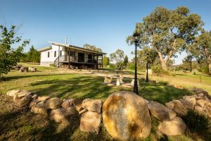 Bella Vista Stanthorpe - Hotel Accommodation